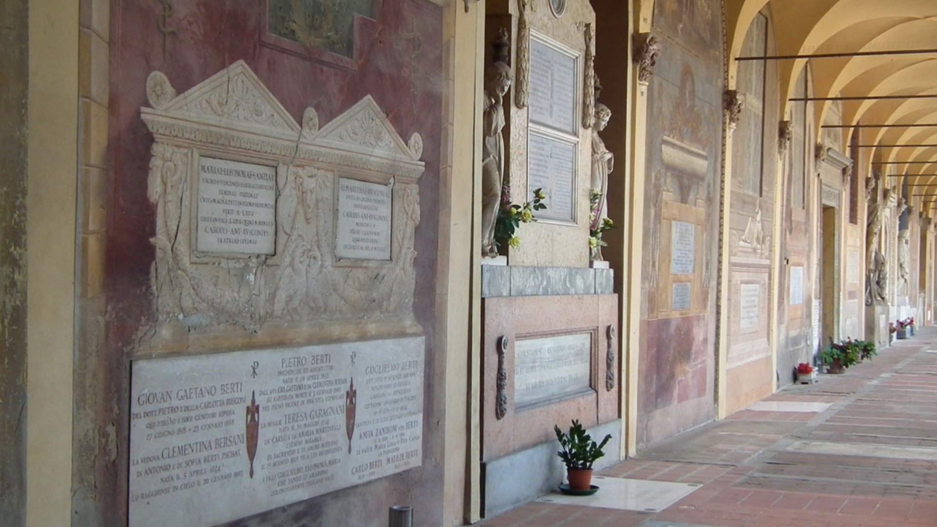Il cimitero monumentale della Certosa