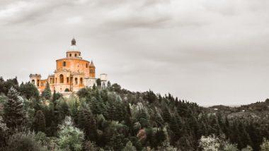 Il Santuario della Madonna di San Luca sul colle della Guardia
